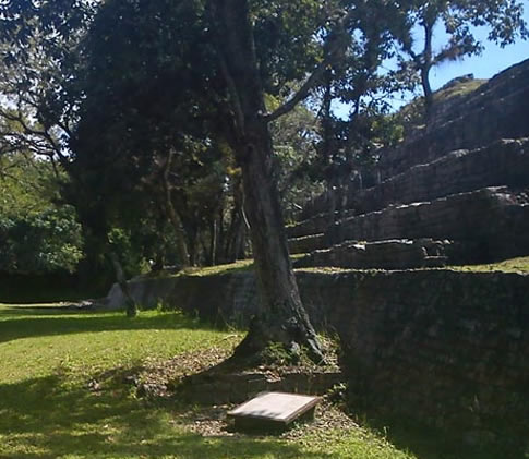 Zona Arqueológica de Tenam Puente