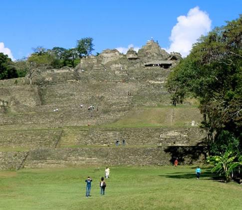Zona Arqueológica de Toniná