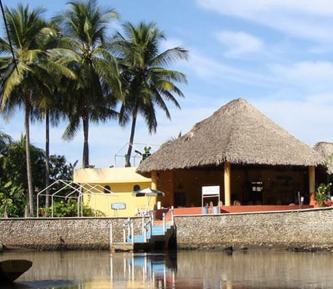 Playa Linda Y Laguna Pozuelos
